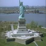 La Statua della Libertà il regalo di Natale più grande e pesante al mondo