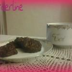 Biscotti al cioccolato con mandorle profumati alla cannella (con e senza glutine e vegani)
