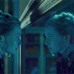 Alice attraverso lo specchio e torta di mele al profumo di mango