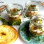 Frisa gluten free con stracciatella e chips di zucchina in barattolo