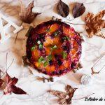 Torta rovesciata ai frutti di bosco e pesche senza glutine