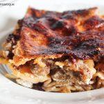 Lasagna senza glutine con radicchio e salsiccia